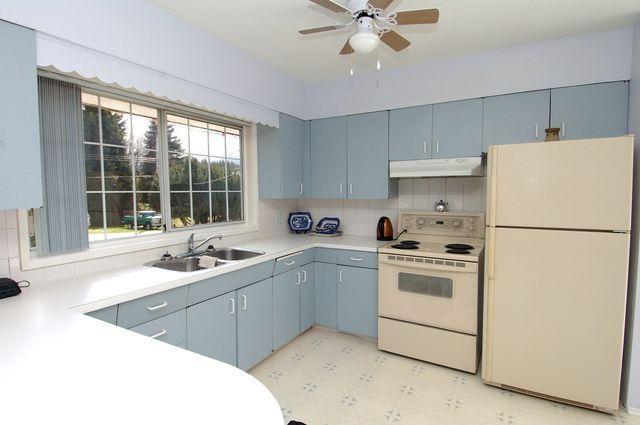 Photo 5: Photos: 185 QUAMICHAN AVENUE in LAKE COWICHAN: House for sale : MLS®# 330937