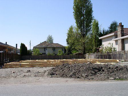 Main Photo: 7751 MCCALLAN ROAD: House for sale (Blundell)