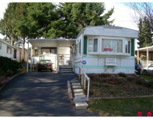 "Main Photo: 127 7790 KING GEORGE Highway in Surrey: East Newton Manufactured Home for sale in ""Crispen Bays"" : MLS®# F2804967"