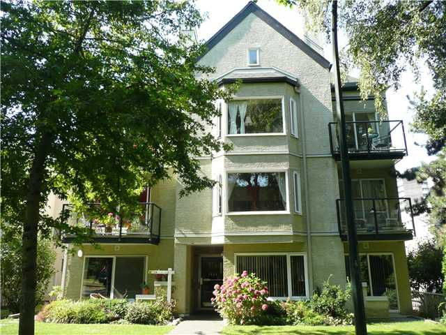 """Main Photo: # 104 1554 BURNABY ST in Vancouver: West End VW Condo for sale in """"MCCOY MANOR"""" (Vancouver West)  : MLS®# V846416"""