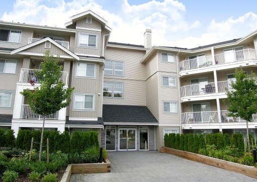 Main Photo: 105-19366 65th Avenue in Cloverdale: Clayton Condo for sale : MLS®# F2831458
