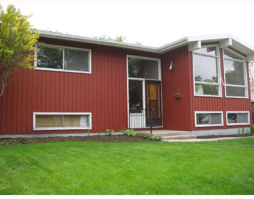 Main Photo: 106 CROFTON Bay in WINNIPEG: St Vital Residential for sale (South East Winnipeg)  : MLS®# 2810007