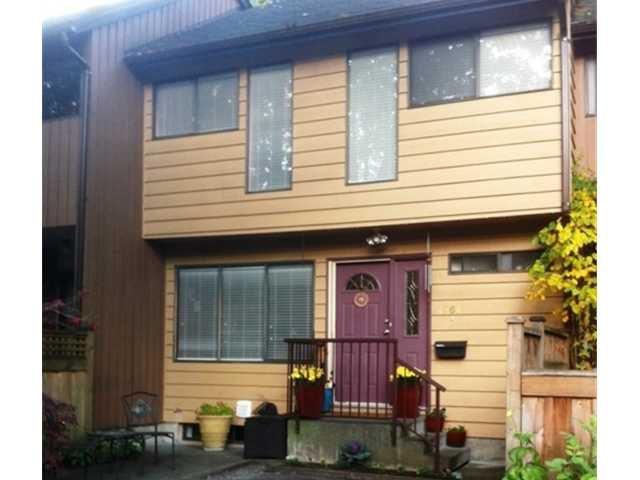 "Main Photo: 4764 FERNGLEN PL in Burnaby: Greentree Village Condo for sale in ""GREENTREE VILLAGE"" (Burnaby South)  : MLS®# V917733"