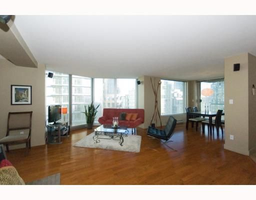 """Main Photo: 1103 889 Homer Street in Vancouver: Downtown VW Condo for sale in """"889 Homer"""" (Vancouver West)  : MLS®# V799799"""