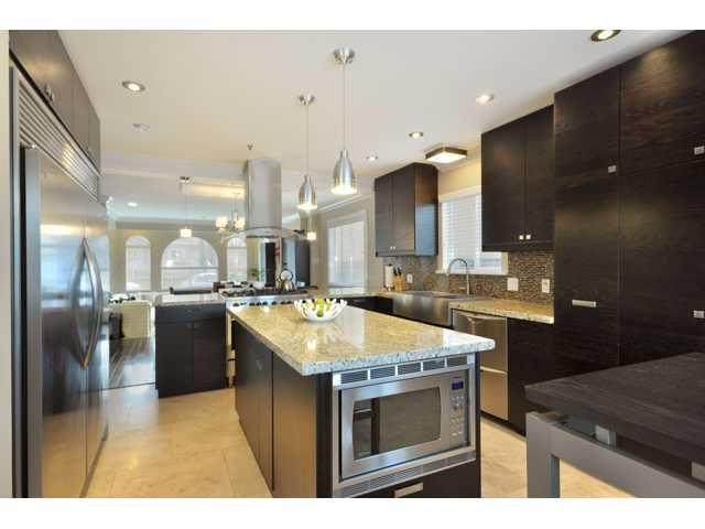 Main Photo: 543 E 17TH AV in Vancouver: Fraser VE House for sale (Vancouver East)  : MLS®# V868348