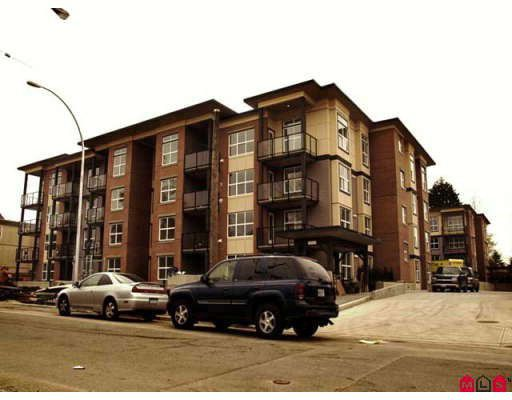 Main Photo: 208 10707 139TH Street in Surrey: Whalley Condo for sale (North Surrey)  : MLS®# F2813806