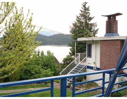 Main Photo: 493 CENTRAL Avenue in Gibsons: Gibsons & Area House for sale (Sunshine Coast)  : MLS®# V713552