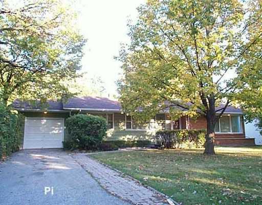 Main Photo: 147 HARRIS Boulevard in Winnipeg: St James Single Family Detached for sale (West Winnipeg)  : MLS®# 2515743