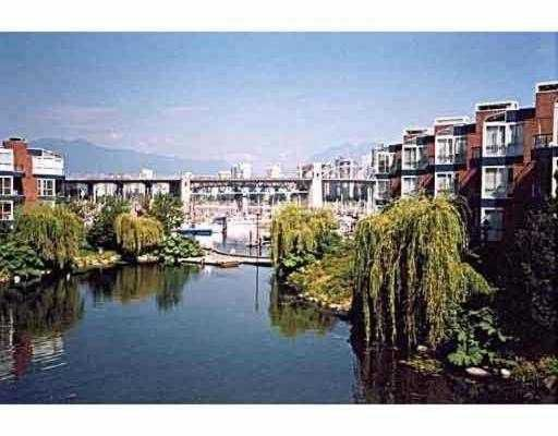 """Main Photo: 542 1515 W 2ND Avenue in Vancouver: False Creek Condo for sale in """"ISLAND COVE"""" (Vancouver West)  : MLS®# V661767"""
