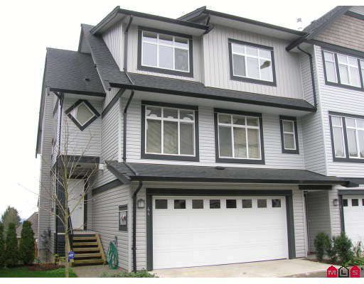 """Main Photo: 44 19932 70TH Avenue in Langley: Willoughby Heights Townhouse for sale in """"Summerwood"""" : MLS®# F2807024"""