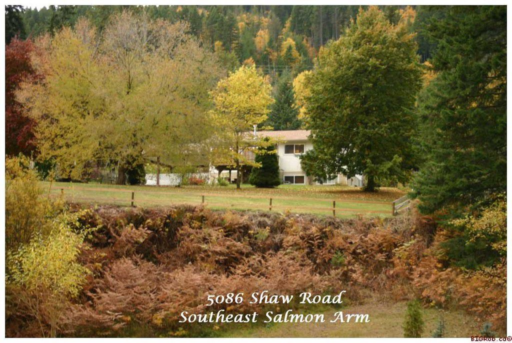 Main Photo: 5086 SE Shaw Road in Salmon Arm: Southeast Residential Detached for sale : MLS®# 10037282