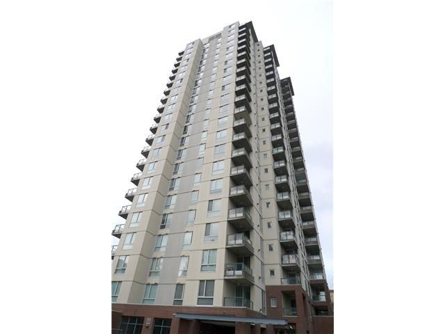 Main Photo: 401 7077 Beresford Street in Burnaby: Highgate Condo for sale (Burnaby South)  : MLS®# V877158