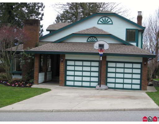 "Main Photo: 2232 MOUNTAIN Drive in Abbotsford: Abbotsford East House for sale in ""Mount Village"" : MLS®# F2806573"