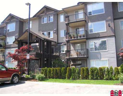 "Main Photo: 102 2581 LANGDON Street in Abbotsford: Abbotsford West Condo for sale in ""COBBLESTONE"" : MLS®# F2715419"