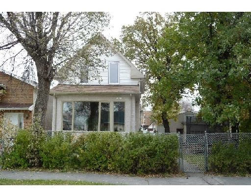 Main Photo: 375 PARKVIEW ST in WINNIPEG: St James Residential for sale (West Winnipeg)  : MLS®# 2919832