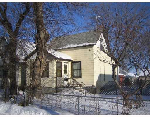 Main Photo: 1505 BANNATYNE Avenue West in WINNIPEG: Brooklands / Weston Residential for sale (West Winnipeg)  : MLS®# 2802121