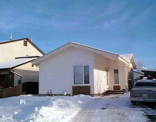 Main Photo: 6 LAURENT Place in Winnipeg: Fort Garry / Whyte Ridge / St Norbert Single Family Detached for sale (South Winnipeg)  : MLS®# 2519225