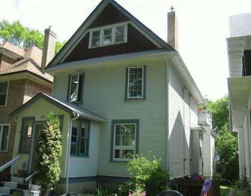 Main Photo: 183 CHESTNUT Street in Winnipeg: West End / Wolseley Duplex for sale (West Winnipeg)  : MLS®# 2612138