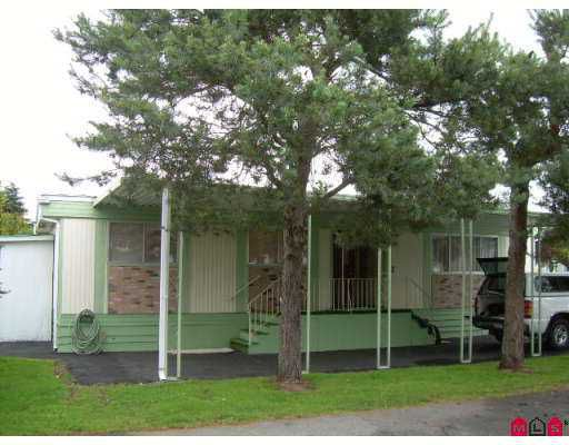 """Main Photo: 98 7790 KING GEORGE Highway in Surrey: East Newton Manufactured Home for sale in """"Crispen Bays"""" : MLS®# F2716727"""