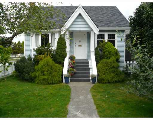 Main Photo: 3897 W 16TH Avenue in Vancouver: Point Grey House for sale (Vancouver West)  : MLS®# V664524