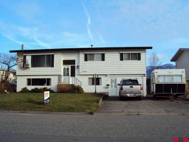 Main Photo: 8736 BAKER DR in Chilliwack: House for sale : MLS®# H1000405