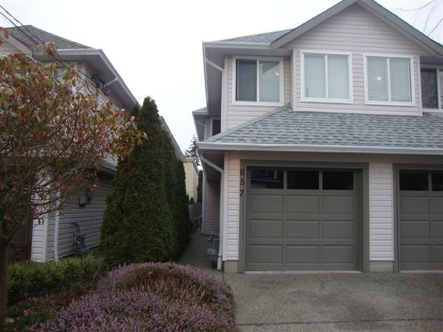 "Main Photo: 857 Habgood: White Rock House 1/2 Duplex for sale in ""East Beach area"" (South Surrey White Rock)  : MLS®# F1103780"