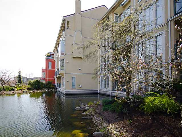 "Main Photo: # 111 2 RENAISSANCE SQ in New Westminster: Quay Condo for sale in ""THE LIDO"" : MLS®# V880789"