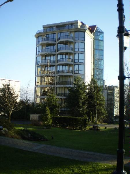 Main Photo: 510 1689 DUCHESS AVE.!!SOLD!!: House for sale (Ambleside)