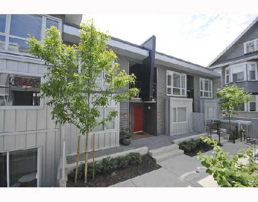 "Main Photo: 118 672 W 6TH Avenue in Vancouver: Fairview VW Townhouse for sale in ""BOHEMIA"" (Vancouver West)  : MLS®# V713279"