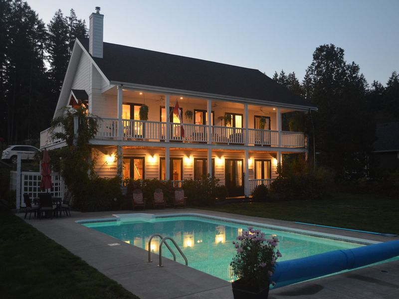 Photo 2: Photos: 1 SELLING YOUR HOME, I CAN HELP in In The Cowichan Valley: House for sale