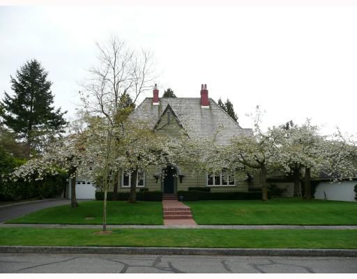 Main Photo: 1636 AVONDALE Avenue in Vancouver: Shaughnessy House for sale (Vancouver West)  : MLS®# V711526