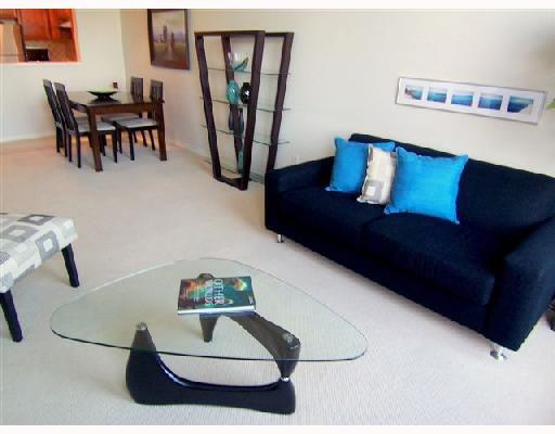 "Main Photo: 451 2175 SALAL Drive in Vancouver: Kitsilano Condo for sale in ""SAVONA"" (Vancouver West)  : MLS®# V656345"