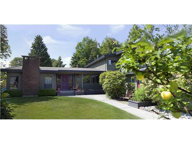Main Photo: 1129 51ST ST in Tsawwassen: Tsawwassen Central House for sale : MLS®# V905872