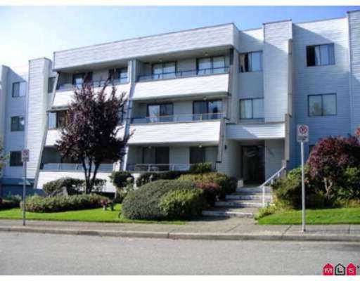 """Main Photo: # 103 1341 GEORGE ST: White Rock Condo for sale in """"Ocean View"""" (South Surrey White Rock)  : MLS®# F2800970"""
