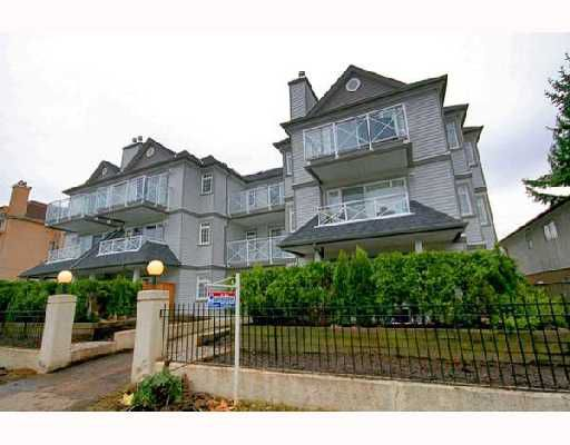 "Main Photo: 301 1868 E 11TH Avenue in Vancouver: Grandview VE Condo for sale in ""CEDAR COTTAGE ESTATES"" (Vancouver East)  : MLS®# V677857"
