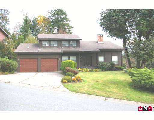 """Main Photo: 47575 SWALLOW Crescent in Chilliwack: Little Mountain House for sale in """"LITTLE MOUNTAIN"""" : MLS®# H2704544"""