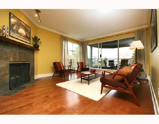"""Main Photo: 303 2250 W 3RD Avenue in Vancouver: Kitsilano Condo for sale in """"HENLEY PARK"""" (Vancouver West)  : MLS®# V702385"""