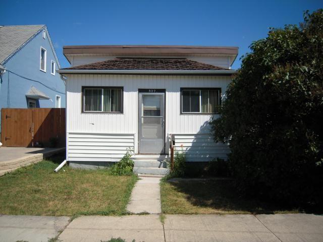 Main Photo: 527 Bowman Avenue in Winnipeg: Residential for sale : MLS®# 1116313