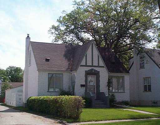 Main Photo:  in Winnipeg: St Boniface Single Family Detached for sale (South East Winnipeg)  : MLS®# 2509470