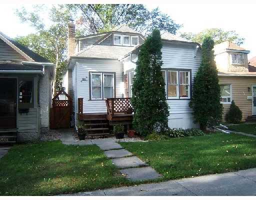 Main Photo: 96 HARBISON Avenue West in WINNIPEG: East Kildonan Residential for sale (North East Winnipeg)  : MLS®# 2804989