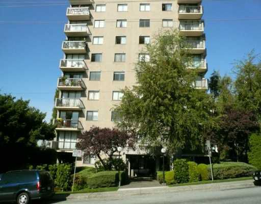 "Main Photo: # 304 145 ST GEORGES AV in North Vancouver: Lower Lonsdale Condo for sale in ""TALISMAN TOWER"" : MLS®# V901028"