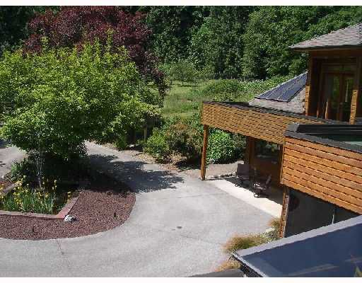Photo 8: Photos: 114 LARSON Road in Gibsons: Gibsons & Area House for sale (Sunshine Coast)  : MLS®# V715549