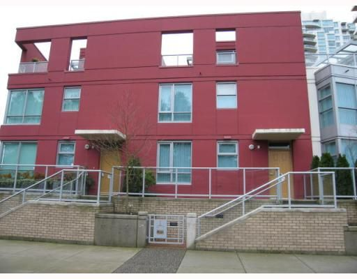Main Photo: 160 Prior Street in Vancouver: Mount Pleasant VE House for sale (Vancouver East)  : MLS®# V801286