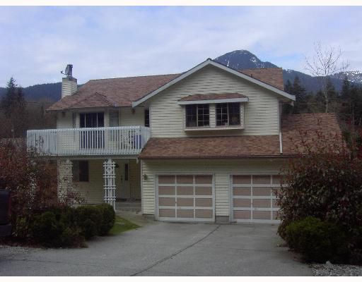 Main Photo: 1717 YMCA Road in Gibsons: Gibsons & Area House for sale (Sunshine Coast)  : MLS®# V698561