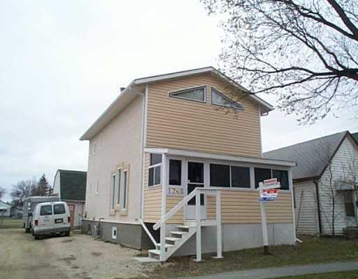 Main Photo: 1268 REDWOOD Avenue in Winnipeg: North End Single Family Detached for sale (North West Winnipeg)  : MLS®# 2505450