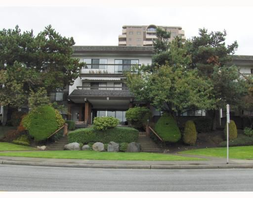 Main Photo: 105 6560 BUSWELL Street in Richmond: Brighouse Condo for sale : MLS®# V794117