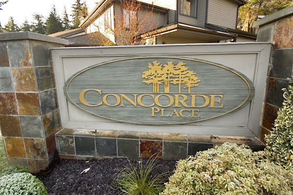 """Main Photo: 1735 RUFUS Drive in North_Vancouver: Westlynn Townhouse for sale in """"CONCORDE PLACE"""" (North Vancouver)  : MLS®# V682407"""