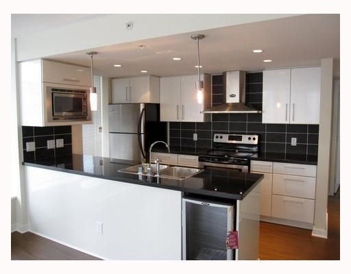 """Main Photo: 806 633 ABBOTT Street in Vancouver: Downtown VW Condo for sale in """"THE ESPANA"""" (Vancouver West)  : MLS®# V794342"""