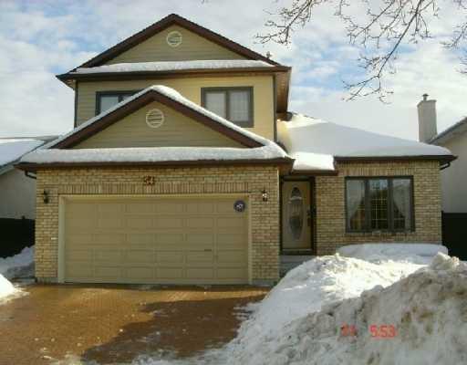 Main Photo: 54 DES INTREPIDES PROM in Winnipeg: St Boniface Single Family Detached for sale (South East Winnipeg)  : MLS®# 2703191