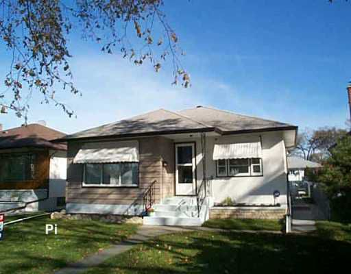 Main Photo: 873 INKSTER Boulevard in Winnipeg: North End Single Family Detached for sale (North West Winnipeg)  : MLS®# 2516448